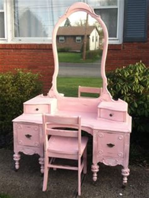 Childs Vanity by 1000 Images About Vanity Desk On Vanities