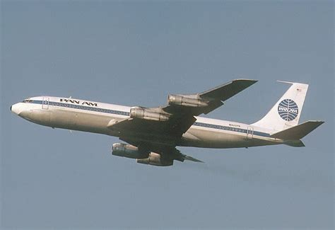 United Baggage Lost by Boeing 707 Aircraft History Pictures And Facts