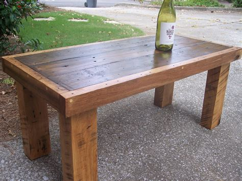 Coffee Table Made Out Of Pallets Rustic Wood Furniture Furniture Design Ideas