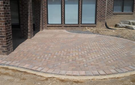 Paver Patio Installation Roseville Brick Paver Gives Tips For Patio Installation