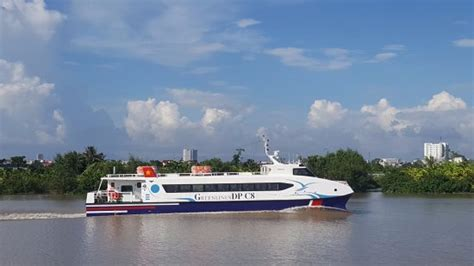 how does a catamaran ferry work new catamaran ferry we put out test and it very nice
