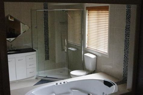 bathroom renovation ideas australia get inspired by photos of bathrooms from australian designers trade professionals page 9get