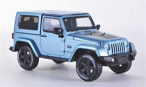 Miniatur Jeep Wrangler Unlimited Skala 64 jeep wrangler arctic special hardtopblu 2012 greenlight