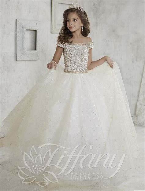 25  best ideas about Girls pageant dresses on Pinterest   Pageant girls, Little girl pageant