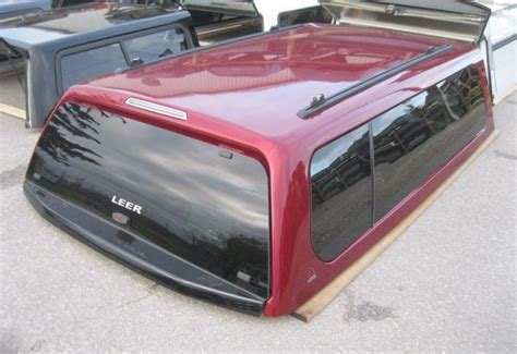 ford     ford   ruby red leer xl truck cap