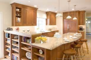 Of kitchens traditional light wood kitchen cabinets kitchen 125
