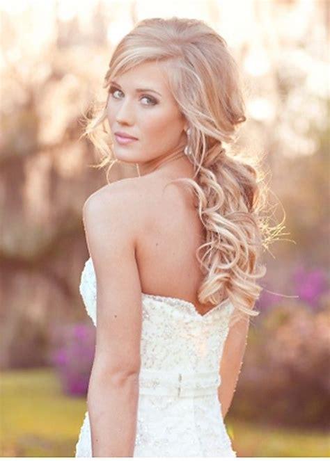 soft curls for your wedding day hair by liza diy wedding beautiful