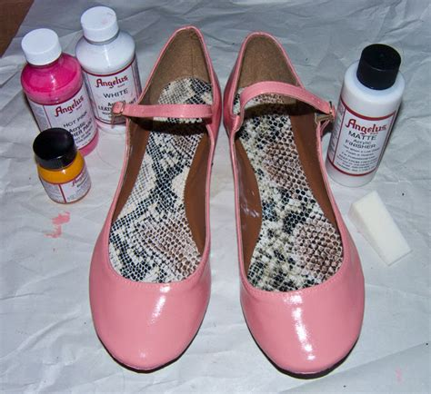 how to paint shoes painting on shoes with acrylic www imgkid the