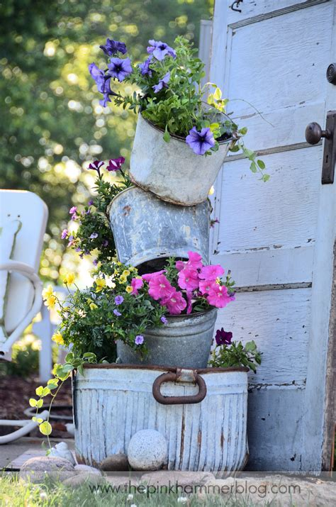 Garden Accessories Blogs Primitive Tipsy Pot Planters Diy Rustic Garden Decor