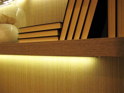 mensole con led mensole in legno moderne con led con alimentatore presa