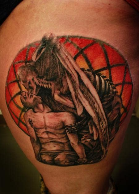 kiss of death tattoo of by steve phipps tattoos