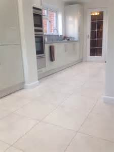 Kitchen Floor Tiles Designs Cheap Discounted Carpets And Vinyl Flooring Leicester