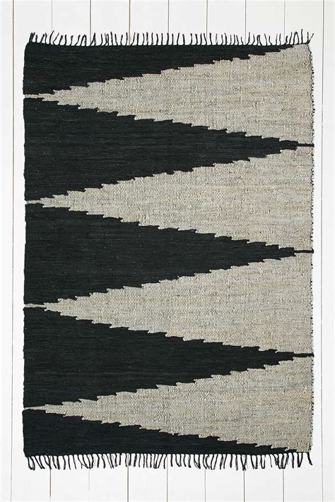 Tapis Outfitters by Tapis 224 Motif G 233 Om 233 Trique 5x7 Outfitters Deco