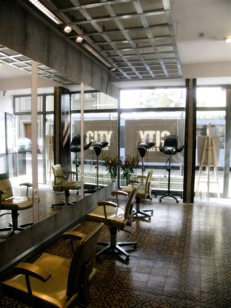 Salon Industriel Design by Best 25 Industrial Salon Ideas On Industrial