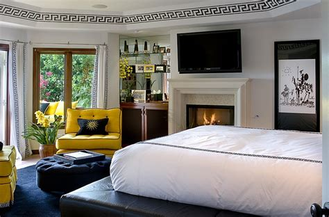 Bedroom Decoration Black And White Combination by Bold Black And White Bedrooms With Bright Pops Of Color