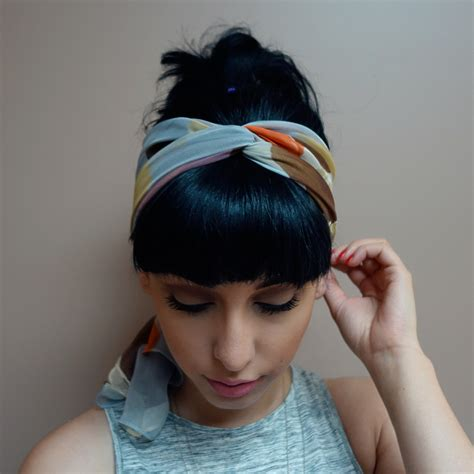 3 ways to wear a scarf as a headband the with bangs