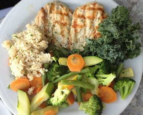 vegetables 1 cup calories 1 cup cooked brown rice 1 cup steamed vegetables topped