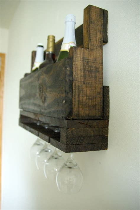 Recycled Home Decor Projects by Diy Wall Mounted Wine Racks Made Of Pallets