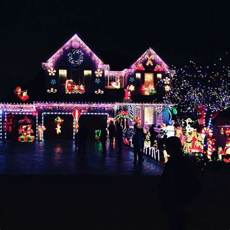 the best christmas lights on the central coast 2017