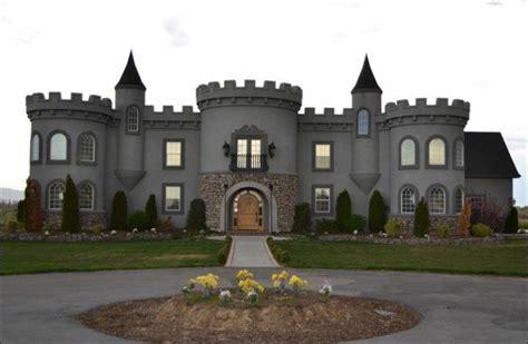 castle house my home is my castle that castle it s my home rug blog by doris leslie blau