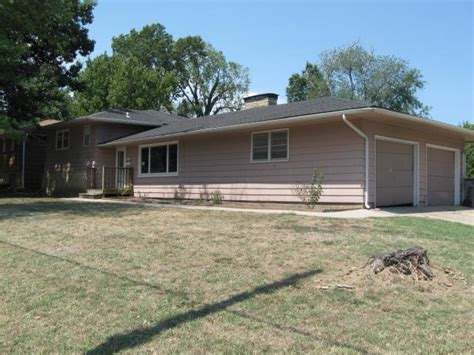 1602 w 12th ave emporia kansas 66801 bank foreclosure