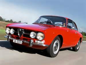 Alfa Romeo 1750 Gt Veloce Alfa Romeo 1750 Gt Veloce Wallpapers Cool Cars Wallpaper