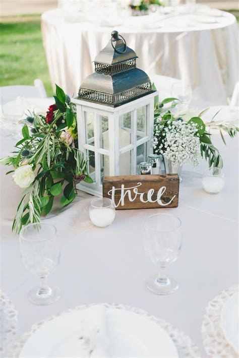 lantern centerpieces for wedding tables best 25 lantern wedding centerpieces ideas on