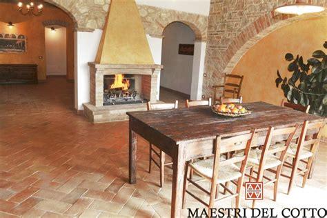 pavimenti per taverne pavimenti in cotto per taverne e rustici cotto fatto a