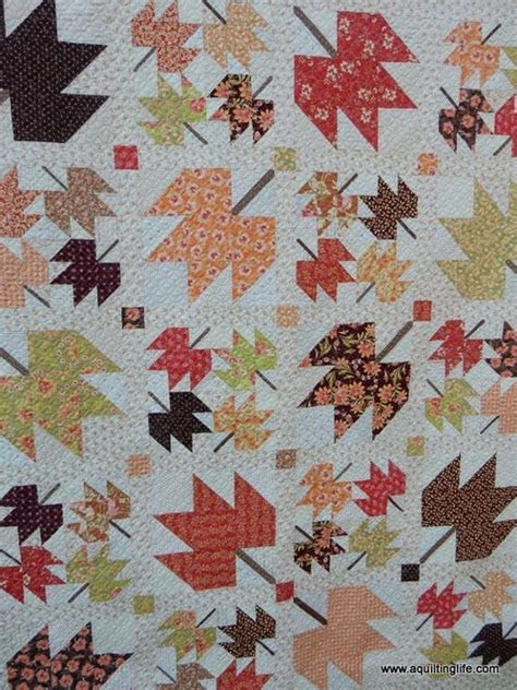 leaf pattern bedspread 17 best images about leaf quilts on pinterest autumn