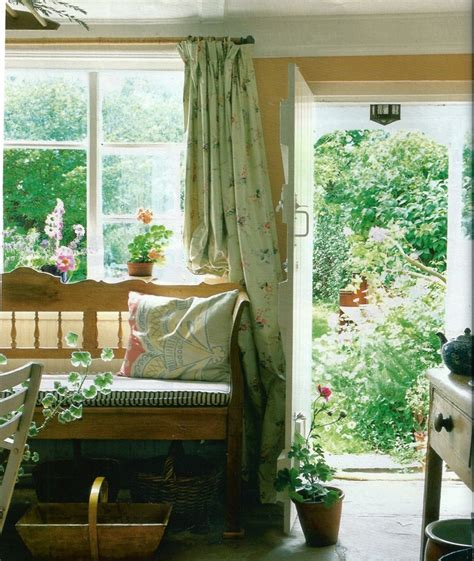 english garden curtains minus the floral curtains and yellow walls i hate yellow
