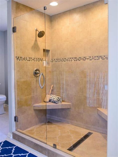 robinetterie italienne les 25 meilleures id 233 es de la cat 233 gorie travertin sur salle de bain travertin