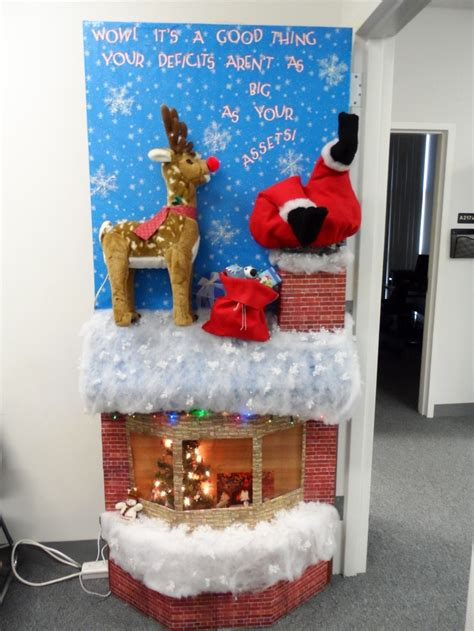 funny christmas door decorating contest myideasbedroom com