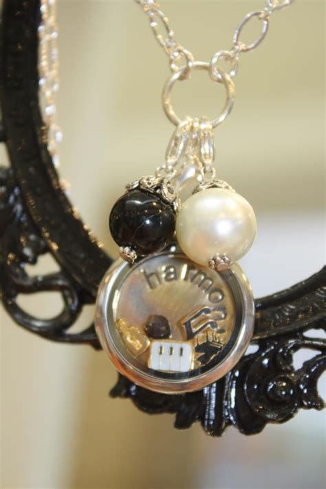 Origami Owl Like Lockets - discover and save creative ideas