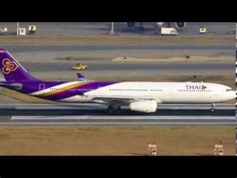 emirates vs garuda indonesia 2 garuda indonesia vs thai airways youtube