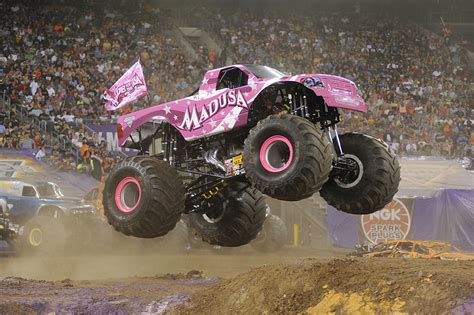 monster jam madusa king box springs only king free engine image for user