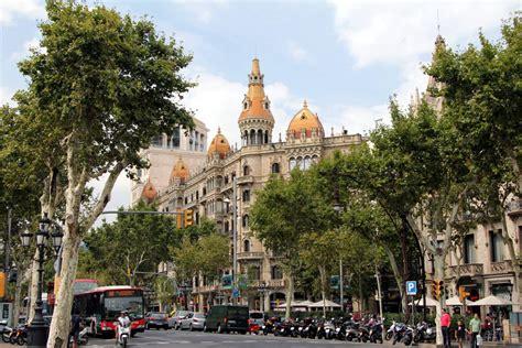 barcelona catalunya corner of pla 231 a de catalunya with passeig de gr 224 cia