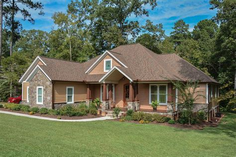craftsman style house plan 3 beds 2 5 baths 2233 sq ft