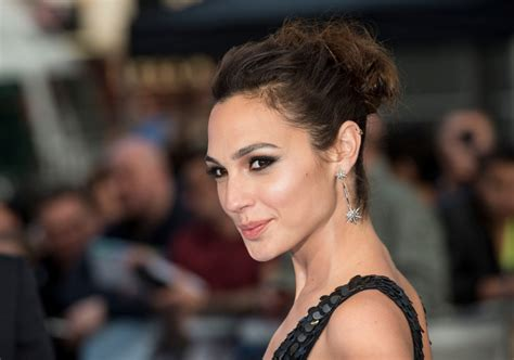 film film gal gadot gal gadot is the next wonder woman rolling stone