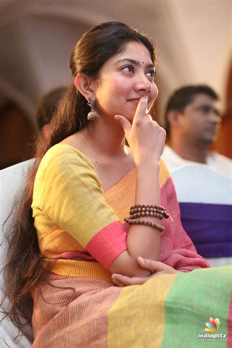 cristiano ronaldo biography in malayalam sai pallavi new cute hd images from audio function kevera
