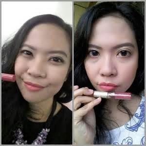 Lipstik Sariayu Duo Lip Color liquid matte lipstick l ve on a capsule