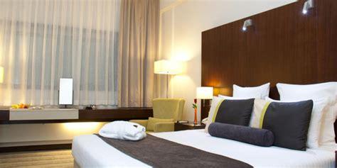 Dining Rooms Avari Dubai Hotel Luxury Hotels In Dubai 4 Star Hotel
