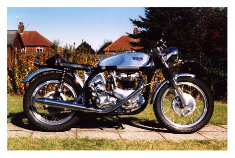 Triumph Motorrad Classic by 1955 Triton Thebikeshed Classic Triumph Motorcycle