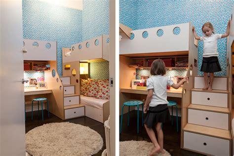 safari inspired bedroom baldaqino decoist blue and red themed bedroom for sisters decoist