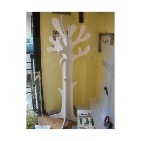 lade in legno appendiabiti forma d albero in legno made in italy colore
