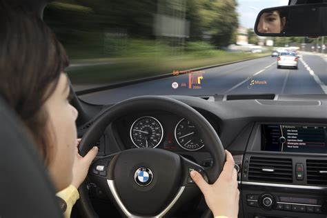 Bmw 3er Head Up Display by Bmw S Colorful Head Up Display Technology Carscoops