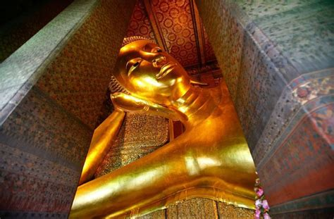 wat pho reclining buddha cheapest flights guide best time to book flights 2017