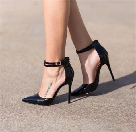 High Heels At11 Hitam 3 black high heel ankle shoes