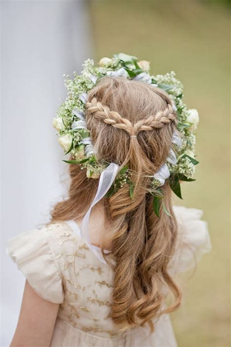 flower hairstyle ideas 15 gorgeous flower hairstyles brit co