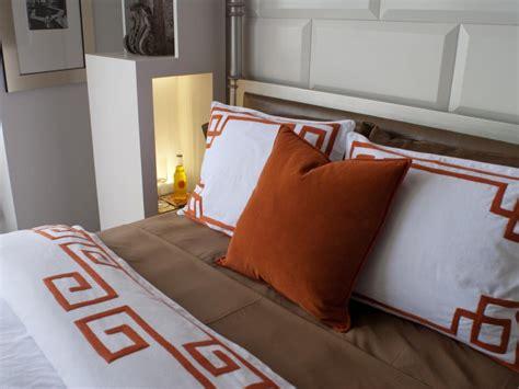 Hgtv Bedroom Comforters Hgtv Oasis 2010 Bedroom Pictures Hgtv Oasis
