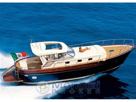 cabinato usato 7 metri cabinato metri usato cayman 58 barca a motore usata